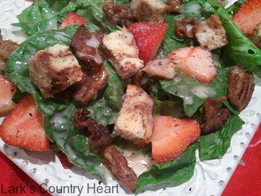 Spinach Salad with Creamy Strawberry Dressing